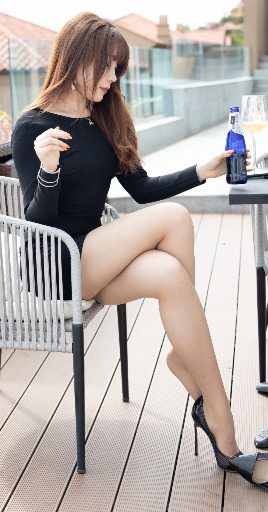 咖啡色丝袜