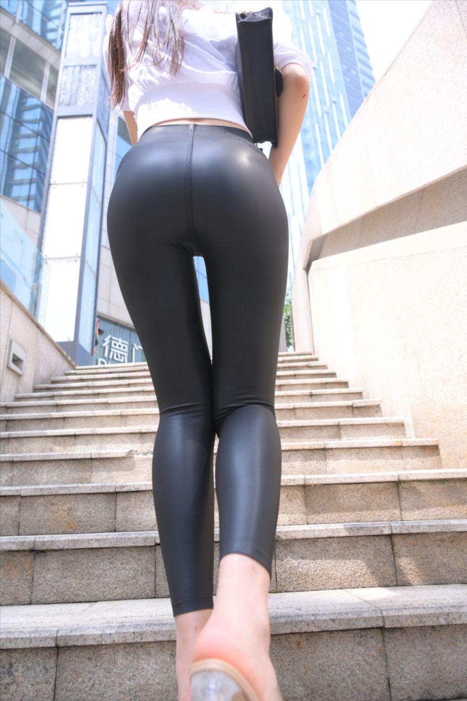 紧身皮裤(套图+视频)