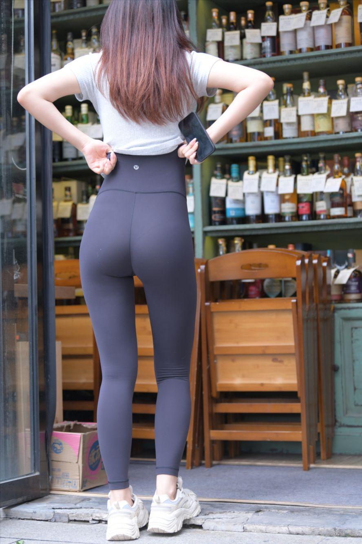 黑色瑜伽裤(套图+视频)